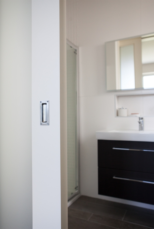 Sliding pocket door