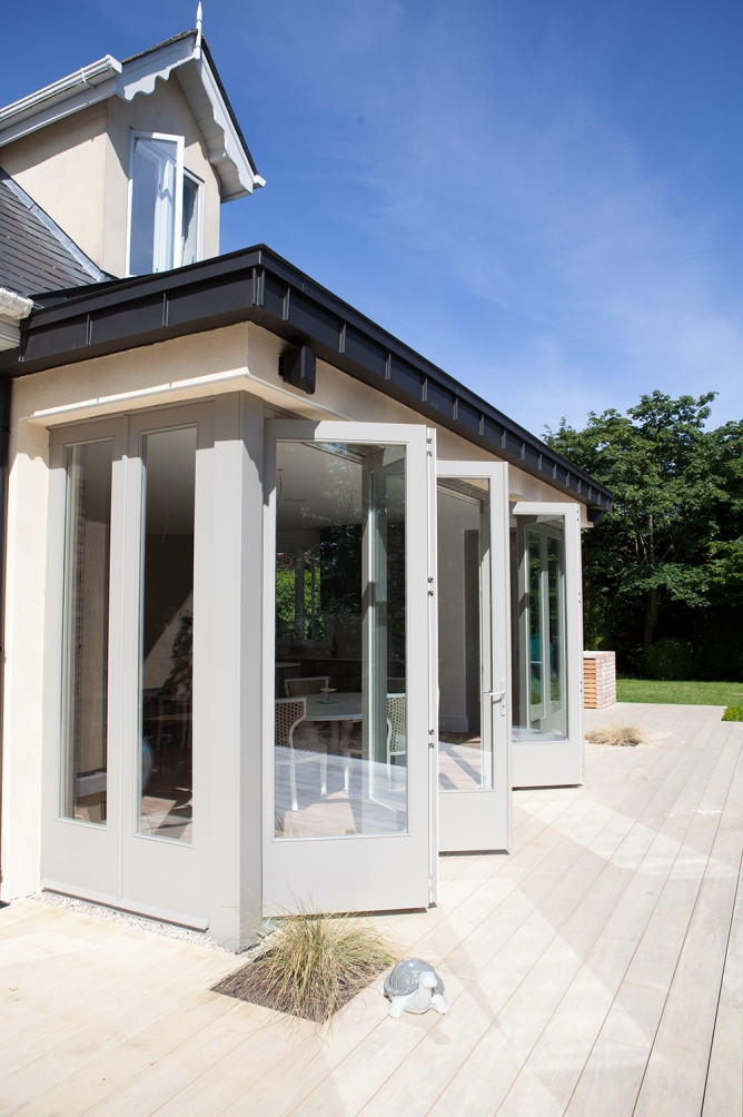 Bi-fold door with side screens and side french doors