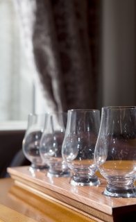 Walnut whiskey flights for whiskey tasting