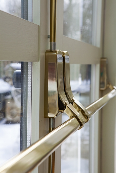 Emergency doors fitted with emergency push handles to meet requirements